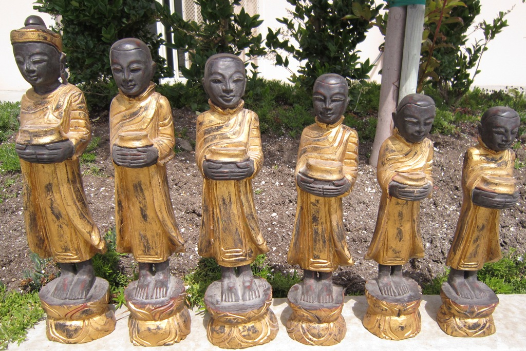 Set of Small Buddha and Disciples in Teak