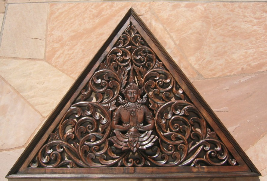 TriangularTeak Panel with Teppanom