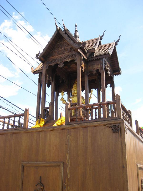 Customized Spirit House Isuzu dealer in Chandtaburi Thailand
